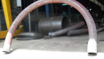 Corte e dobra de tubos de aço